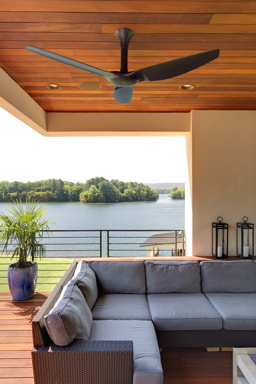 Adams Lakehouse: Outdoor Living