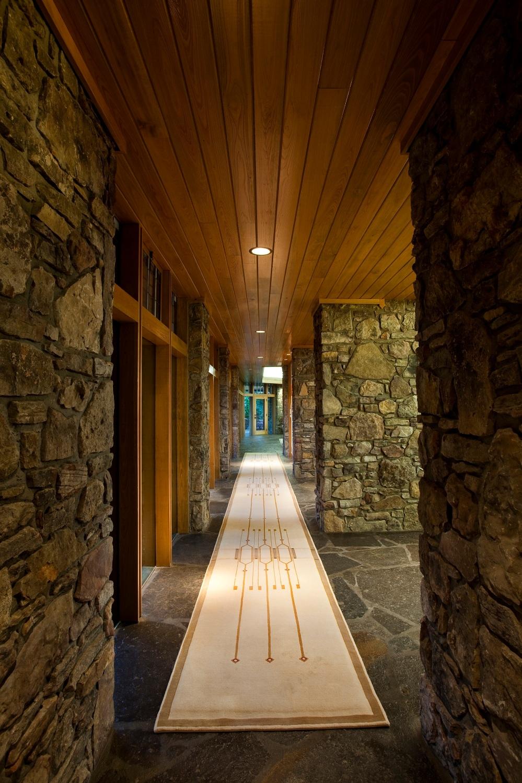 Shollmier Residence: Interior Corridor