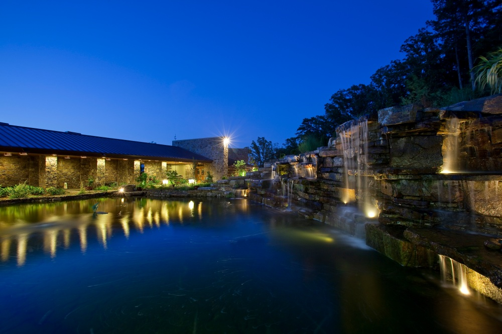 Shollmier Residence: Entry Waterfalls & Pool